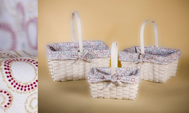 Set of 3 wooden baskets painted