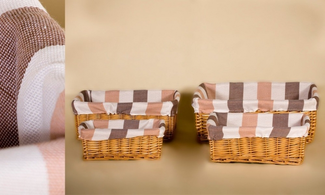 Set of 4 wicker containers