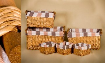 Set of 6 wicker containers