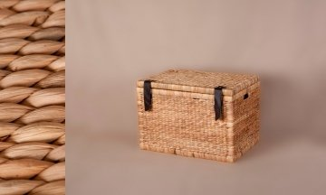 wicker trunk natural color
