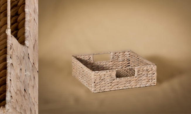 Wicker try white color